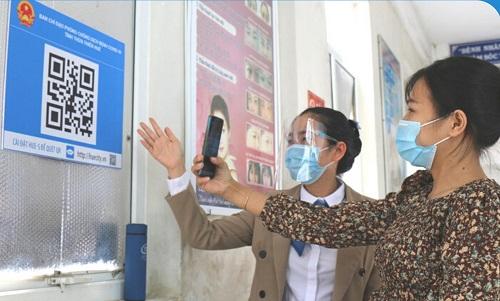 """Thừa Thiên Huế: Kích hoạt hệ thống mã QR Quốc gia """"Thẻ kiểm soát dịch bệnh"""""""