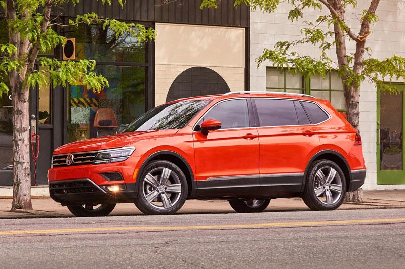 =4. Volkswagen Tiguan 2021 (mức tiêu hao nhiên liệu ở đường hỗn hợp: 11,3 lít/100 km).