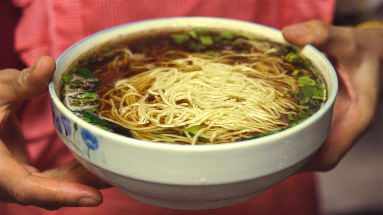 Oa cái miến: Món mì nấu mà luôn phải có 1 thứ lạ kỳ, đến Hoàng đế Càn Long cũng tấm tắc khen ngon - Ảnh 4.