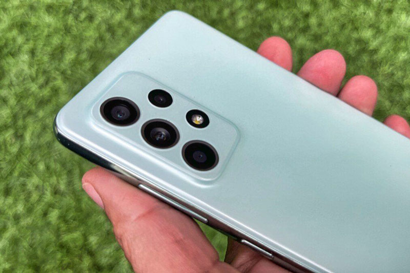 Samsung Galaxy A52s 5G với chip S778G, RAM 8 GB, IP67 chốt giá 10,99 triệu tại Việt Nam