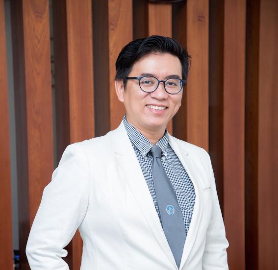 Luật sư Phan Vũ Tuấn.
