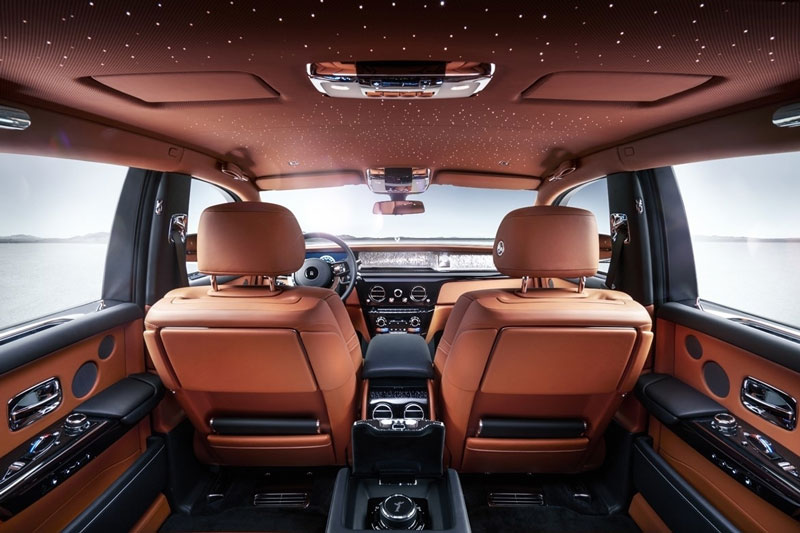1. Rolls-Royce Phantom.
