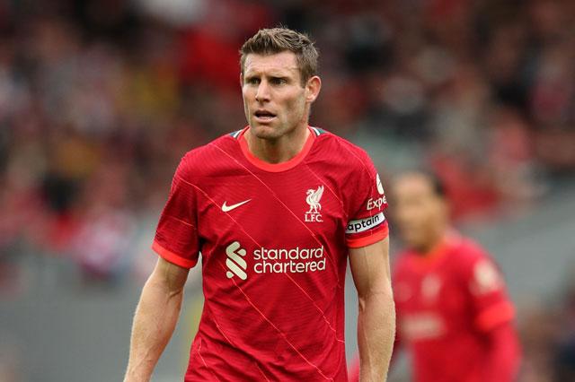 Hậu vệ phải: James Milner (Liverpool).