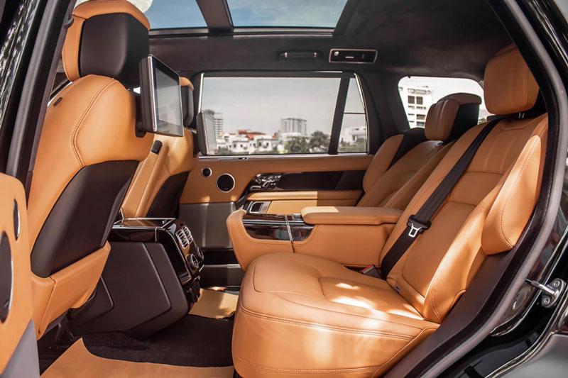 4. Land Rover Range Rover SVAutobiography.