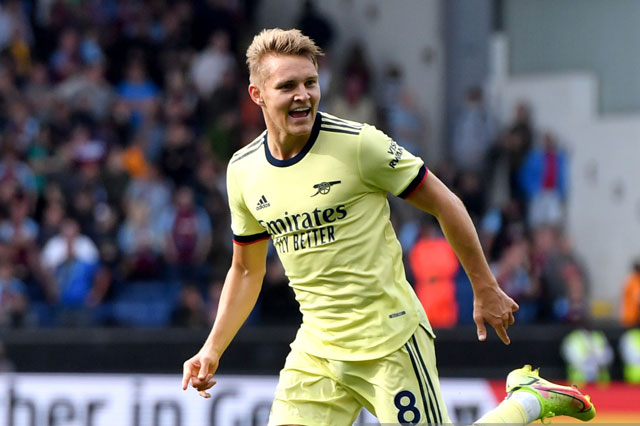 Tiền vệ trung tâm: Martin Odegaard (Arsenal).