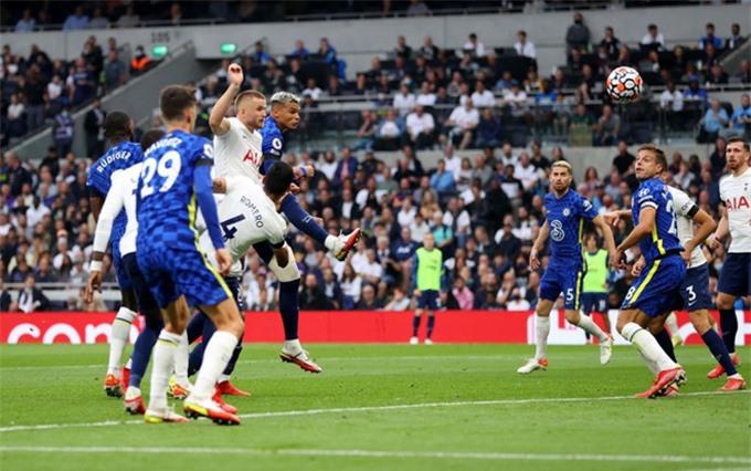 Thiago Silva mở tỷ số trận Tottenham vs Chelsea ở phút 49