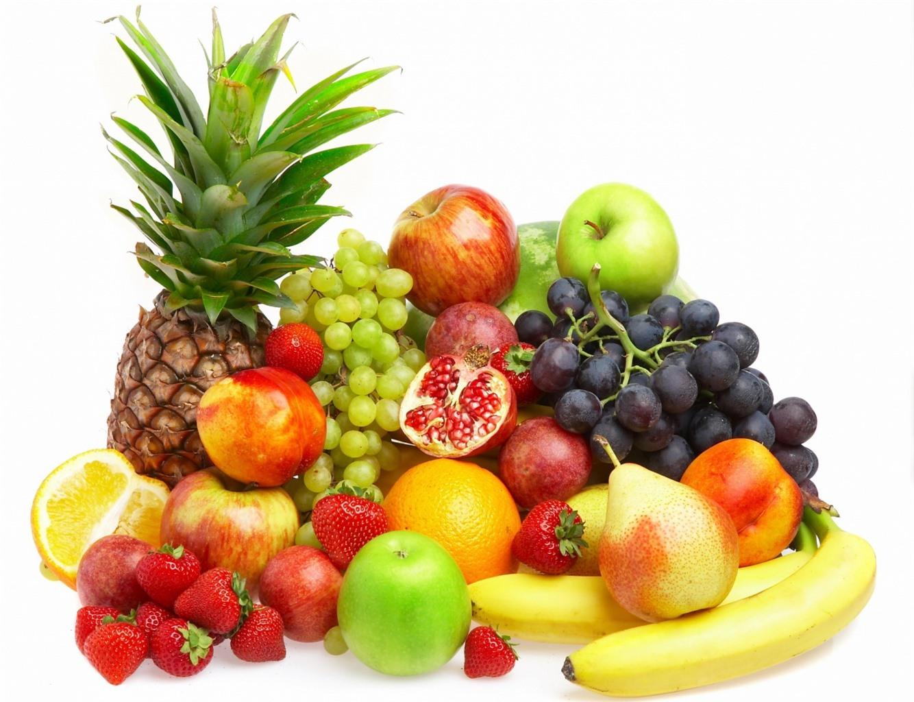 Bày những đĩa hoa quả lớn trong nhà để mang lại sự thịnh vượng và no đủ