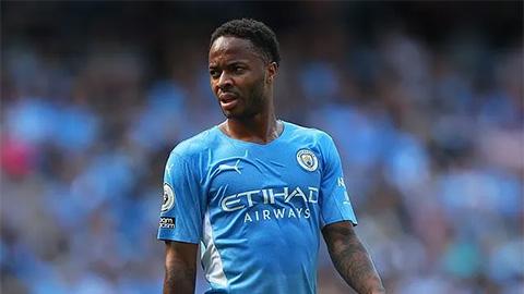 Ferdinand hối thúc MU mua Sterling