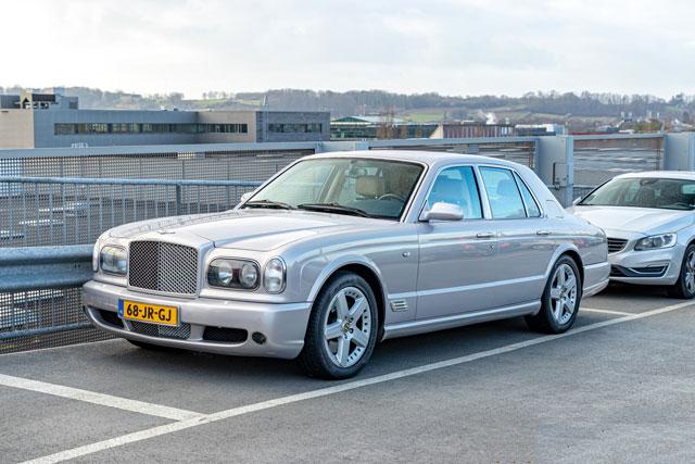 6. Bentley Arnage 2000.