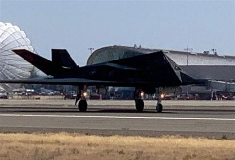 F-117 lam muc tieu de My luyen ban tang hinh co Nga