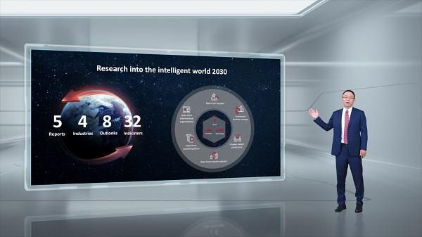Ông David Wang công bố báo cáo Thế giới Thông minh 2030.