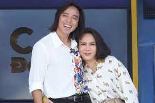Ông xã Việt Hương xin bà con miễn đề nghị nhận hỗ trợ vì đã ngưng làm từ thiện