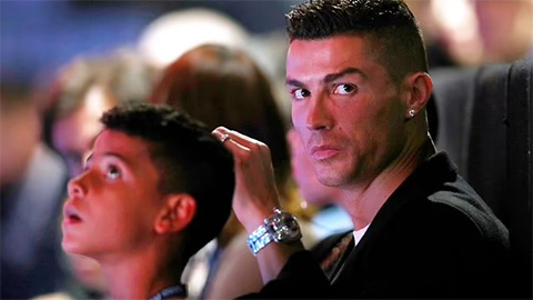 Mẹ Ronaldo khẳng định cháu trai còn giỏi hơn con trai