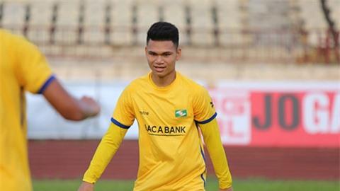 Hậu vệ Phạm Xuân Mạnh được gọi lên ĐT Việt Nam