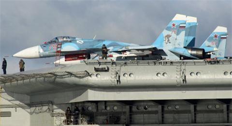 Sukhoi giup Su-33 lay lai vi tri tu MiG-29K