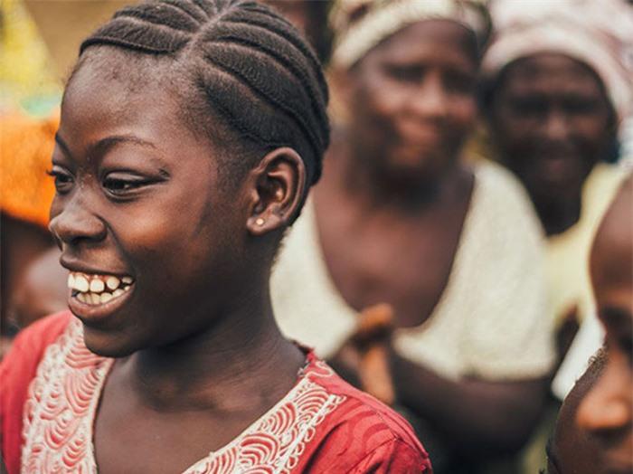 Ngôi làng kỳ lạ nơi đàn ông và phụ nữ nói 2 ngôn ngữ khác nhau 2