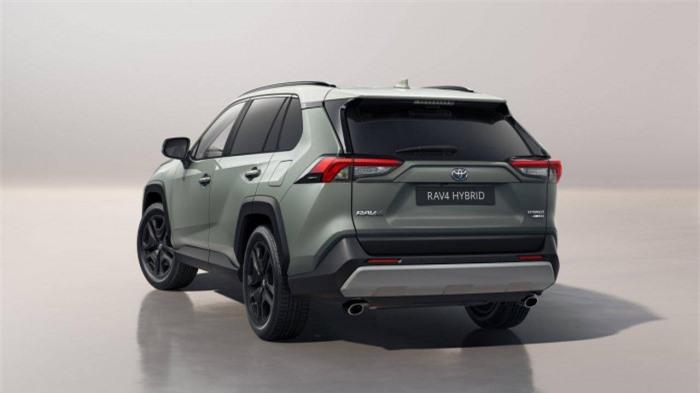 Toyota RAV4 Adventure 2022 ra mắt với ngoại hình cơ bắp 2