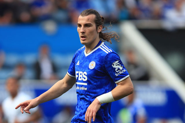 Real nhắm sao Leicester thay Varane