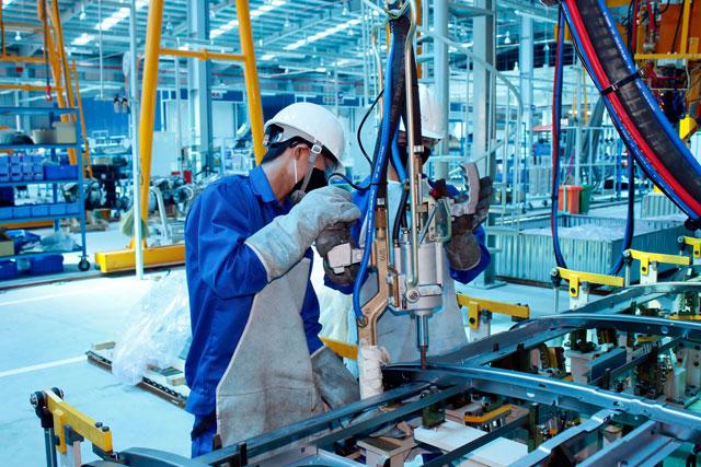 Người lao động các tỉnh cần điều kiện gì để trở lại TP Hồ Chí Minh làm việc?