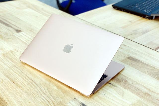 Top 10 laptop chỉnh sửa ảnh tốt nhất năm 2021: Vinh danh MacBook Pro 16 inch