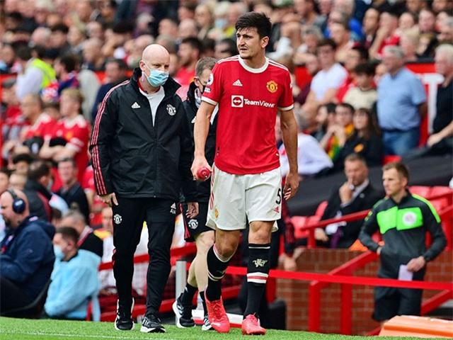 Maguire vẫn tự đi ra khỏi sân, song khả năng anh có thể ra sân ở trận gặp Villarreal tuần tới là hoàn toàn bỏ ngỏ.