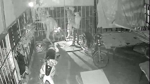 Kiên Giang: Hơn 20 thanh niên hỗn chiến trong lúc giãn cách làm 2 người thương vong