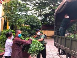 Nhường cơm, sẻ áo với đồng bào vùng dịch TP Hồ Chí Minh
