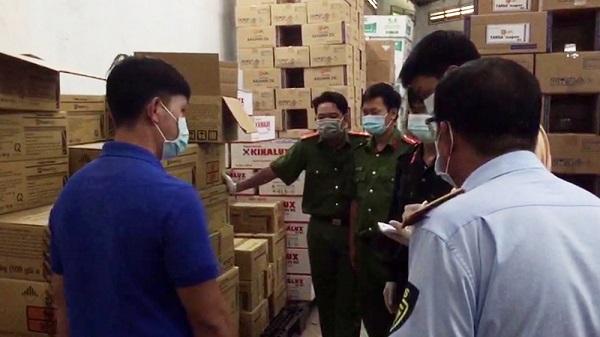 Tổ liên ngành chống buôn lậu tỉnh An Giang kiểm tra và lập biên bản tạm giữ trên 15.700 sản phẩm thuốc trừ sâu, trừ cỏ, diệt chuột và phân bón lá  xuất xứ nước ngoài không hóa đơn chứng từ.
