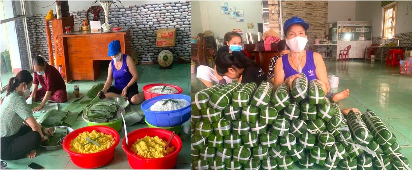 Bà Trần Thị Bông - thành viên CLB Sen Hồng - Chủ Bếp cơm Nhà Bông, TX Phước Long (hình bên phải, đội nón) cùng các thành viên của CLB và một số người thân hăng hái gói bánh tét gửi vùng dịch