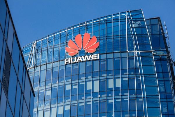 """Sếp Huawei: """"Vài năm nữa chúng ta sẽ thấy rõ giá trị hữu hình mà 5G và AI tạo ra"""""""