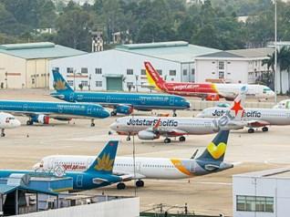 """Cục Hàng không """"tuýt còi"""" các hãng bán vé máy bay nội địa"""