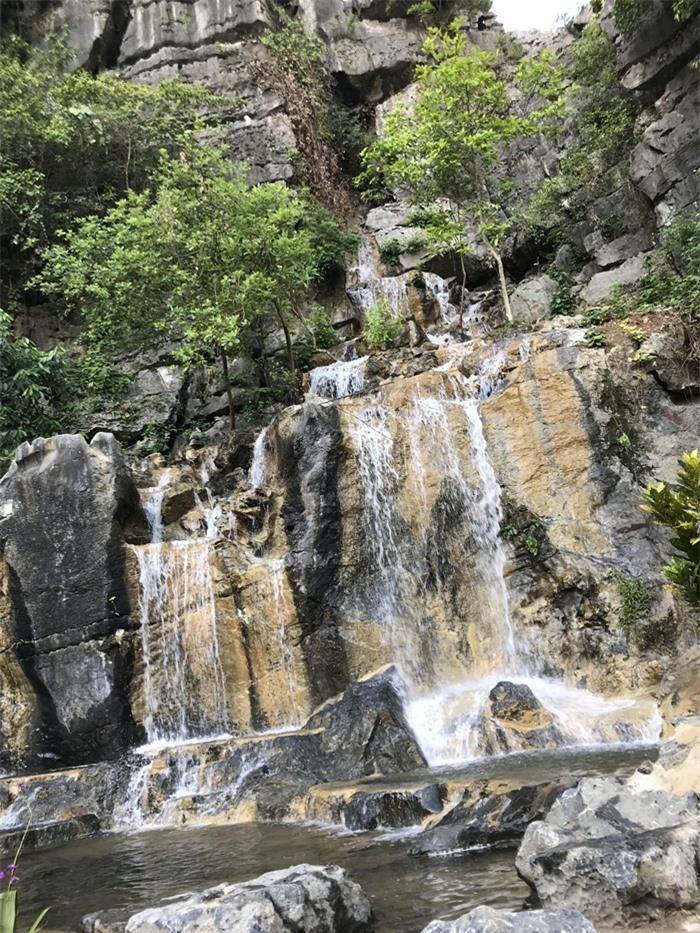 Hang Múa Ninh Bình đẹp thơ mộng mùa sen nở - 6