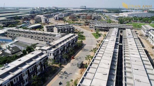 Thị trường bất động sản các tỉnh phía Nam thời gian qua gặp khó khăn do dịch bệnh COVID-19.
