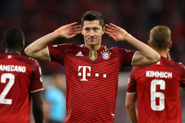 Tiền đạo: Robert Lewandowski (Bayern Munich, Ba Lan).