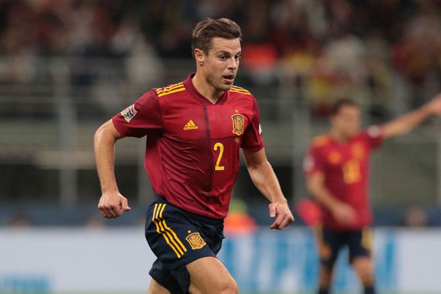 Hậu vệ phải: Cesar Azpilicueta (Chelsea, Tây Ban Nha).
