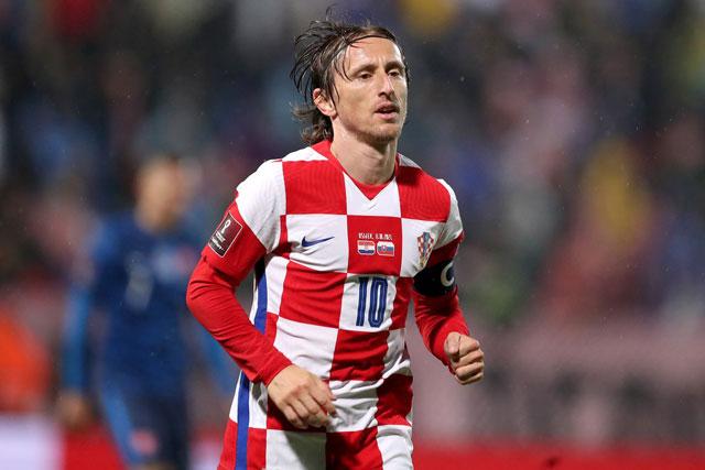 Tiền vệ trung tâm: Luka Modric (Real Madrid, Croatia).