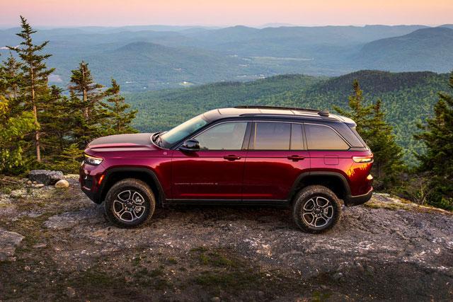 5. Jeep Grand Cherokee (doanh số: 81.803 chiếc).