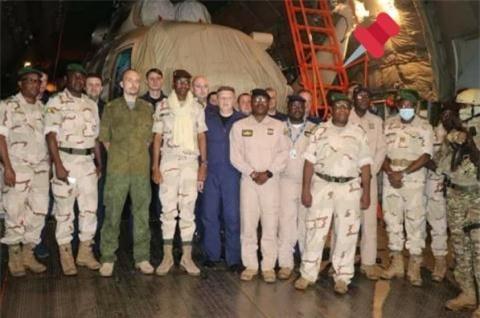 Nga chuyen truc thang cho Mali