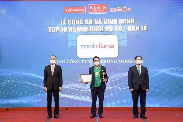 MobiFone được vinh danh Top 10 ngành Dịch vụ số - Bán lẻ Thương hiệu mạnh Việt Nam năm 2020-2021.