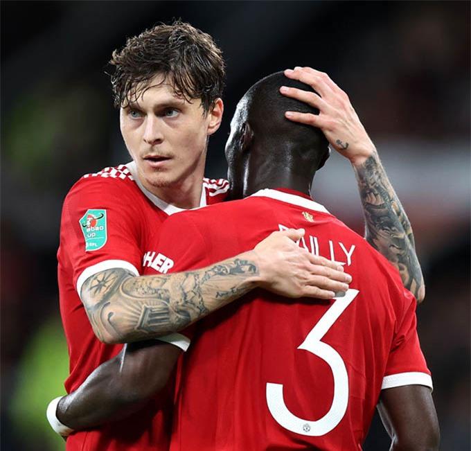 Lindelof và Bailly sẽ giúp Man United vượt qua khó khăn ở giai đoạn này?