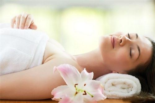 Cách làm trắng da toàn thân từ hương nhu vô cùng an toàn và tiết kiệm