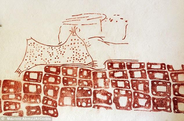 Đây là bức tranh tường được các nhà khảo cổ tìm thấy ở khu đô thị Çatalhöyük. Ban đầu, bức tranh này được cho là đang mô tả một tấm da báo. Tuy nhiên, các nhà nghiên cứu hiện nay tin rằng những đốm đỏ trong bức tranh thể hiện một vụ phun trào núi lửa. Hasan Daği là núi lửa không còn hoạt động, nằm cách Çatalhöyük gần 130 km về phía đông bắc. Năm 2013, nhà núi lửa học Axel Schmitt chứng minh Hasan Daği đã phun trào cách đây gần 9.000 năm, trùng với niên đại của bức tranh tường này. Ông Axel Schmitt cũng nhận định bức tranh tường này là bản đồ lâu đời nhất thế giới vì nó mô tả quang cảnh ngôi làng khi nhìn từ trên cao. Ảnh: Daily Mail.