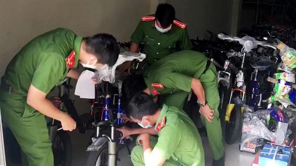 An Giang: Tạm giữ 55 xe đạp, xe đạp điện nghi nhập lậu