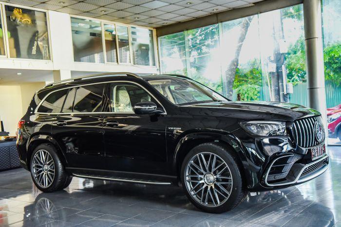 Ngắm Mercedes-AMG GLS 63 2021 đầu tiên tại Việt Nam
