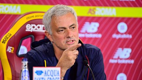 Mourinho lên tiếng về khả năng dẫn dắt Newcastle