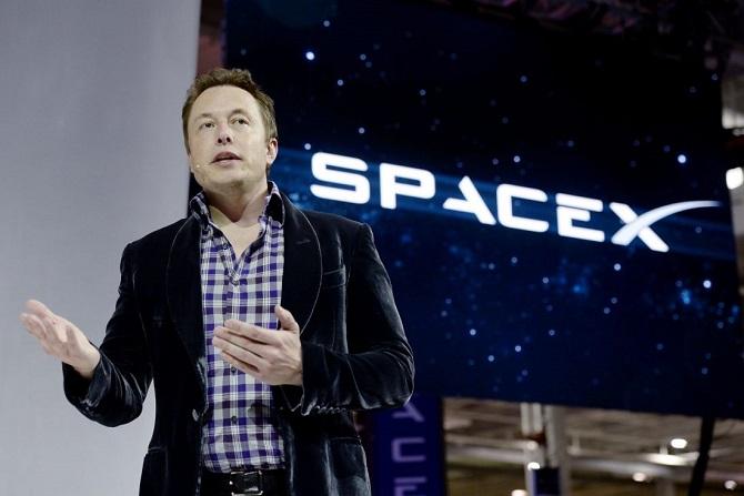 Tỷ phú Elon Musk có thể là người đầu tiên cán mốc 1.000 tỷ USD