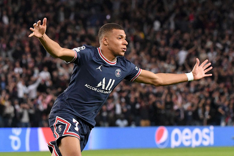 Đội hình tiêu biểu lượt trận thứ 3 vòng bảng Champions League: Vinh danh Mbappe