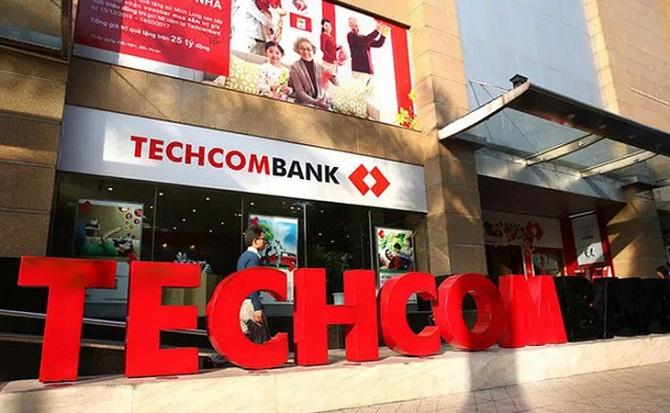 Techcombank lợi nhuận sau thuế giảm, nợ xấu tăng 140% trong quý 3