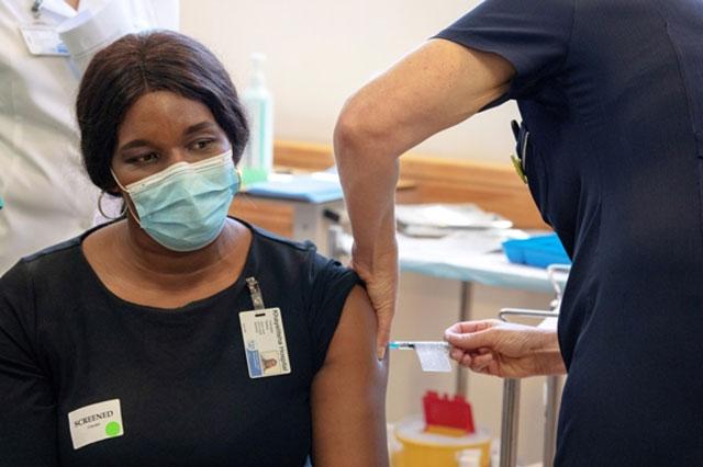 WHO cảnh báo đại dịch COVID-19 sẽ kéo dài sang năm 2022