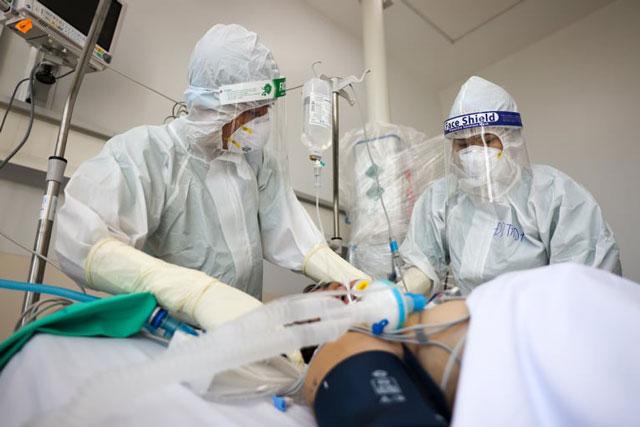 Sáng 22/10: Còn 3.000 ca COVID-19 nặng đang điều trị; Việt Nam tạm thời công nhận 'hộ chiếu vaccine' của 72 quốc gia, vùng lãnh thổ
